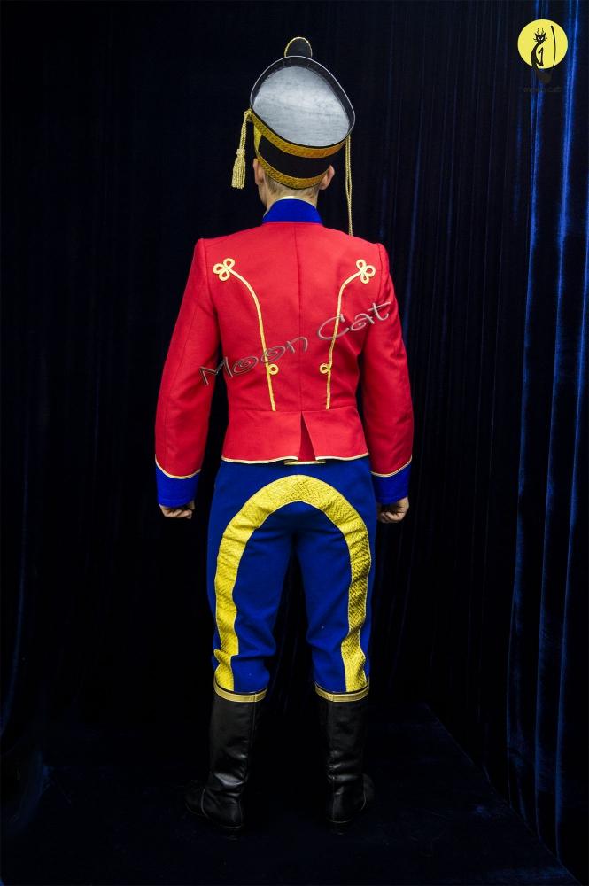 Гусарский полк
